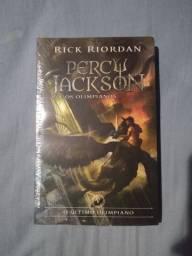 Livro Percy Jackson e os Olimpianos, O Último Olimpiano (capa nova)