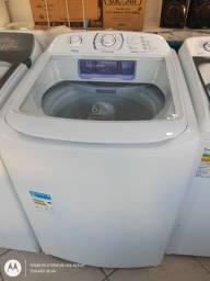 Máquina de lavar com pequenas avaria estética