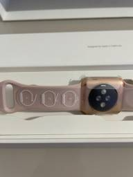 Vendo relógio Apple Watch 3 ,pink 38 mm novo.