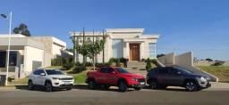 Título do anúncio: Casa com 3 dormitórios à venda, 288 m² por R$ 2.290.000,00 - Condomínio Saint Patrick - So