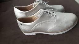 Sapato feminino novo tamanho 37