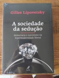 Livro com tema Político/sociedade