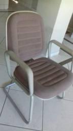 Título do anúncio: Ótima cadeira para descanso e escritório, apenas 200,00 .