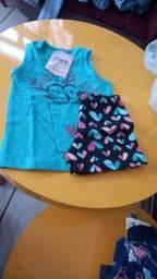 Vende-se caixa fechada roupas infantis