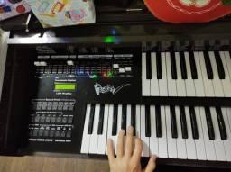 Órgão/piano profissional