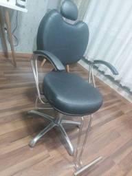 Título do anúncio: Vendo cadeira para salão + lavatório