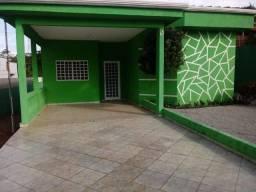 Aluga-se casa confortável e espaçosa, no Morada do Ouro, Setor Oeste - Cuiaba/MT