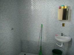 Casa Grande, 2 quartos, 1 suite , varanda , área de lavanderia e laje livre!!!