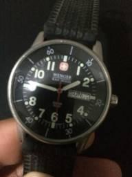 8f365a53f28 Relógio suíço Wenger