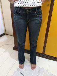 34a3e7f3f8f Calça jeans unissex da Taco System (tamanho 38) (favor LER!)