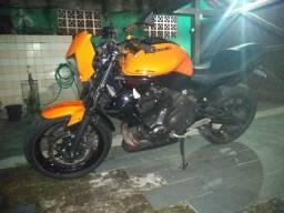 Kawasaki er6-n ler com atenção - 2011 comprar usado  Caraguatatuba
