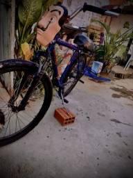 Bicicleta / bike com banco de Mobilete , freio a disco , marcha , tripé , amortecedor