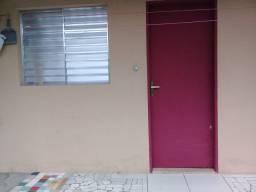 Quarto com banheiro para aluguar em Guarujá