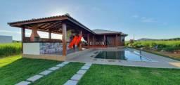 Casa com pisciana e lote de 600 m2 no Cond porto náutico Porto do Sol