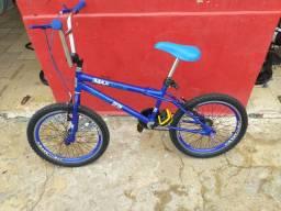 Vende se bicicleta infantil