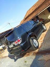 Toyota Hilux SW4 diesel