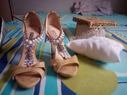 Sandália de Pedras Werner + Coroa Princesa !!!