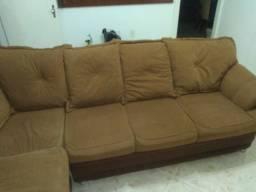 Sofá usado em bom estado de uso