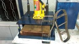 Maquina para Estampar Chinelos e de Cortar Chinelos + Estampar Canecas