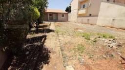 Casa com 2 dormitórios para alugar, 60 m² por R$ 1.100/mês - Jardim Nossa Senhora de Fátim