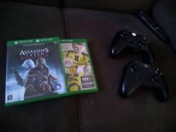 Xbox one, completo.. vendo ou troco por PS4