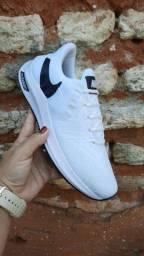Lindos tênis Nike com entrega ?