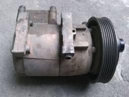 Compressor de ar do Fiesta, retirada de peças