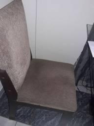 Mesa com4 cadeiras tampão de vidro
