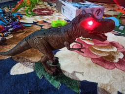 Tiranossauro Rex de controle remoto
