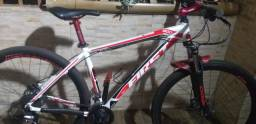 Bike first aro 29.