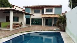 Excelente casa com piscina para temporada