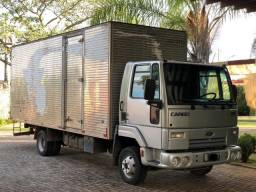 Caminhão Ford Cargo 815 E
