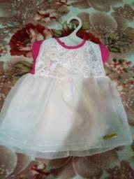 Vendo lotes de roupas de bebê saída de maternidade