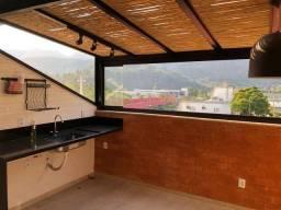 Cobertura no centro de Itaipava