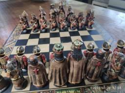 Vendo jogo Xadrez incas x espanhóis