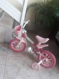 Bicicleta aro 12 para criança de 1 à 4 anos