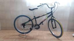 Bicicleta Mountain Bike Caloi aro 24 para adolescente de 7 a 17 anos, pneus 24 x 2.0