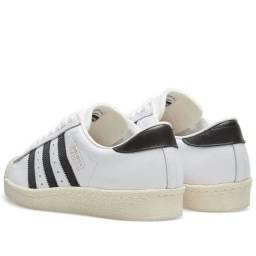 Tênis Adidas Originals, superstars. Novo na caixa ( nunca usado)