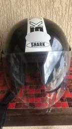 Capacete shark sk logo bkm preto brilho