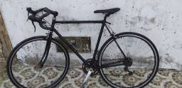 Uma bicicleta toda boa pra