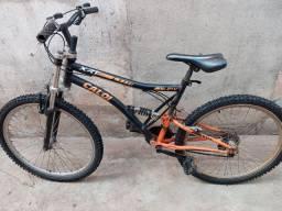 Bicicletas e velotrou