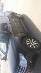 Pajero full 5 P 2011 diesel 4x4 cm teto