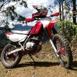 Vendo XR 200 PREPARADA PRA TRILHA