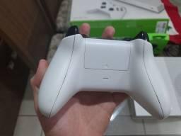 Xbox One S 500 GB Usado, 1 controle na Caixa!!!