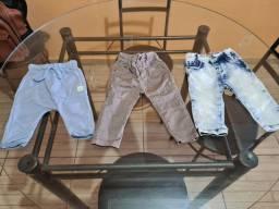 3 calças  menino bebê tamanho m(6 a9 meses)