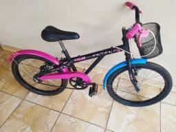 Bicicleta bike Caloi cecizinha infantil menina 7 a 12 anos aro 20 excelente