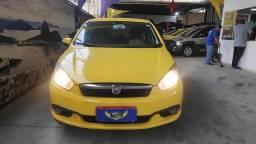 Ex Táxi Grand Siena Essence 1.6 2013 temos mais de 60 carros
