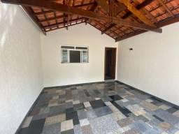 Casa 2 dorms sendo 1 suíte Excelente localização no Prezotto