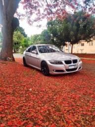 BMW 320i muito conservada!