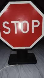 "Luminária Design ""stop"""
